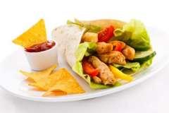 """Вкусные рецепты: Простой кекс, Теплый капустный салат, Пирог """" Пина Колада """""""